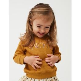 Petit by Sofie Schnoor garstyčių spalvos puošnus džemperiukas mažylei