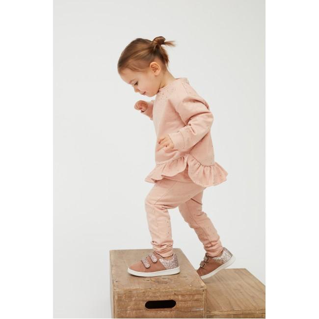 Petit by Sofie Schnoor šviesiai rausvos šiltos puošnios kelnytės mažylei